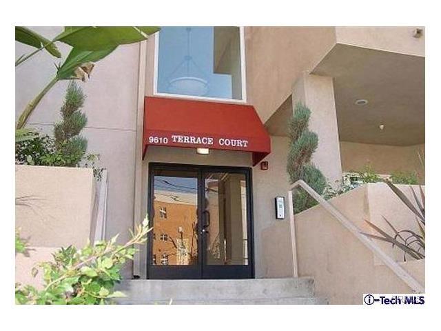 9610 Zelzah Avenue 103, Northridge, CA 91325