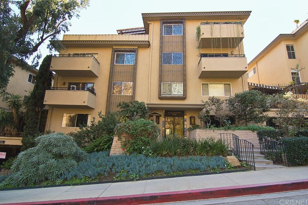6728 HILLPARK Drive 307, Los Angeles (City), CA 90068