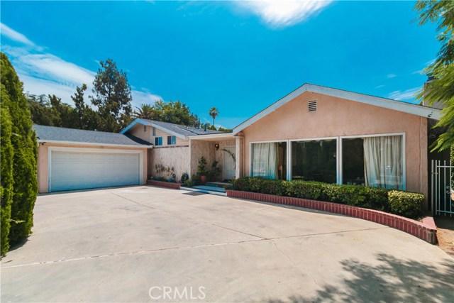 Photo of 23110 Oxnard Street, Woodland Hills, CA 91367