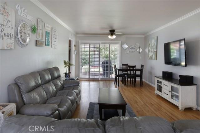 20547 Covello Street, Winnetka CA: http://media.crmls.org/mediascn/9707cd7f-ecab-4b4b-9791-9265b61412c3.jpg
