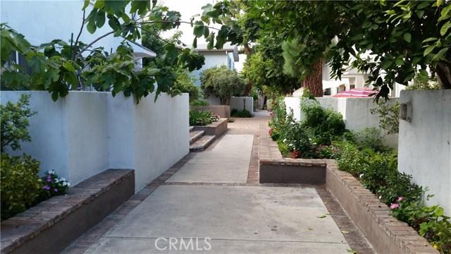 18611 Collins Street Unit 11 Tarzana, CA 91356 - MLS #: SR17180755