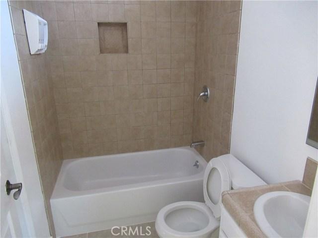 23056 Lanark Street, West Hills CA: http://media.crmls.org/mediascn/9749a38b-f935-4883-a33c-5ab3b5a251e7.jpg