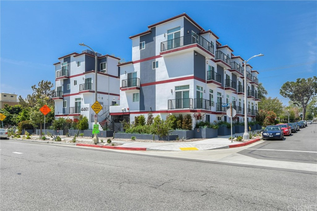 4461 Tujunga Avenue # 103
