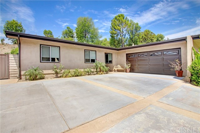 Photo of 7235 Pomelo Drive, West Hills, CA 91307