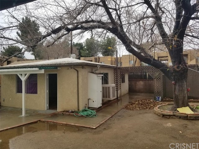 37929 11th Street, Palmdale CA: http://media.crmls.org/mediascn/97e17d8f-1e83-43a7-a2d3-0e6e8f15a54d.jpg