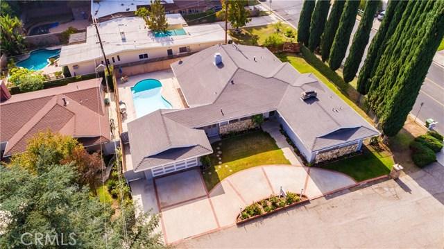 4904 Libbit Avenue, Encino CA: http://media.crmls.org/mediascn/97fbee94-c5a0-41db-b9d4-929ff2819646.jpg
