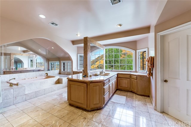 Additional photo for property listing at 73  Hackamore Lane 73  Hackamore Lane Bell Canyon, California 91307 United States