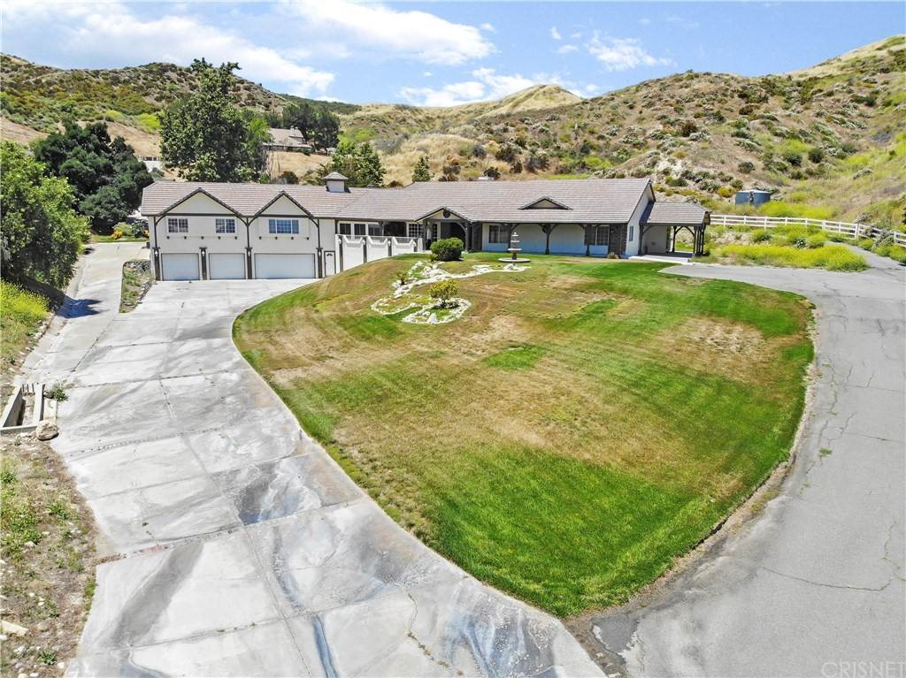 Photo of 16925 DIVER STREET, Canyon Country, CA 91387