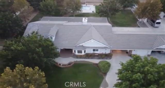 42411 27th W Street, Lancaster CA: http://media.crmls.org/mediascn/98c24ff2-f7a7-442e-8349-c1904619b8bb.jpg