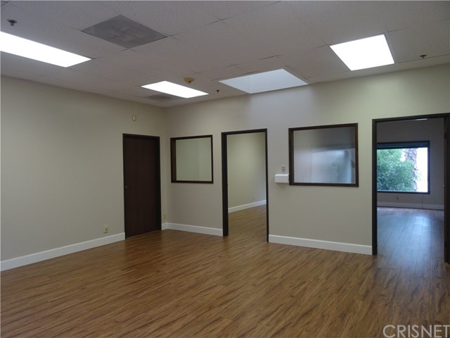 1575 N Lake Avenue Pasadena, CA 91104 - MLS #: SR18032401