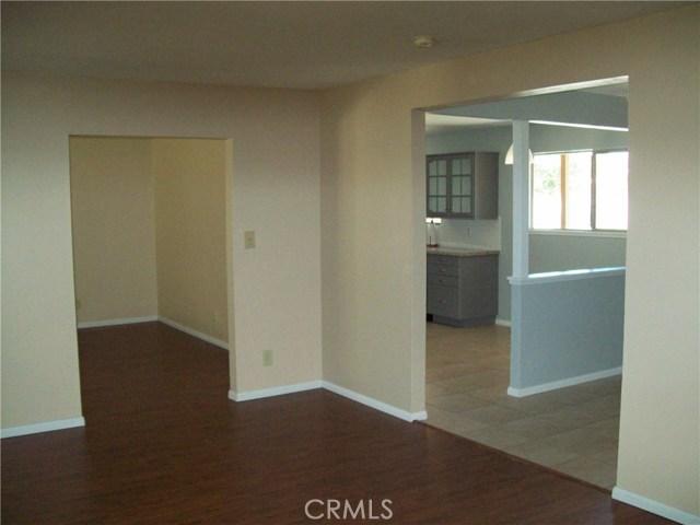 730 Sierra Avenue, Moorpark CA: http://media.crmls.org/mediascn/999231c2-a47c-4bf1-ab67-966e40c3ab68.jpg