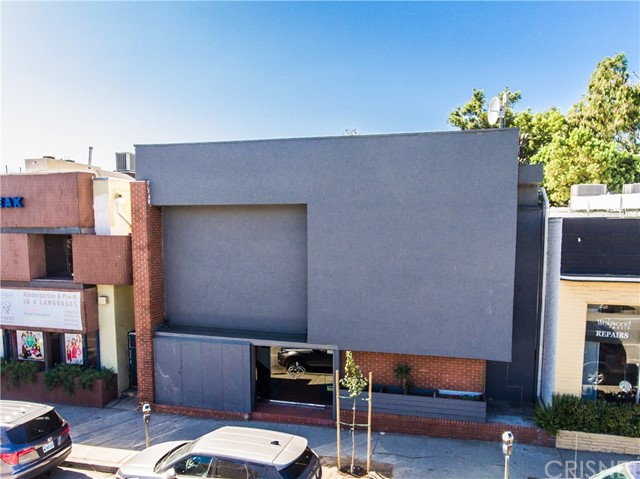 Commercial for Sale at 1633 Westwood Boulevard 1633 Westwood Boulevard Los Angeles, California 90024 United States