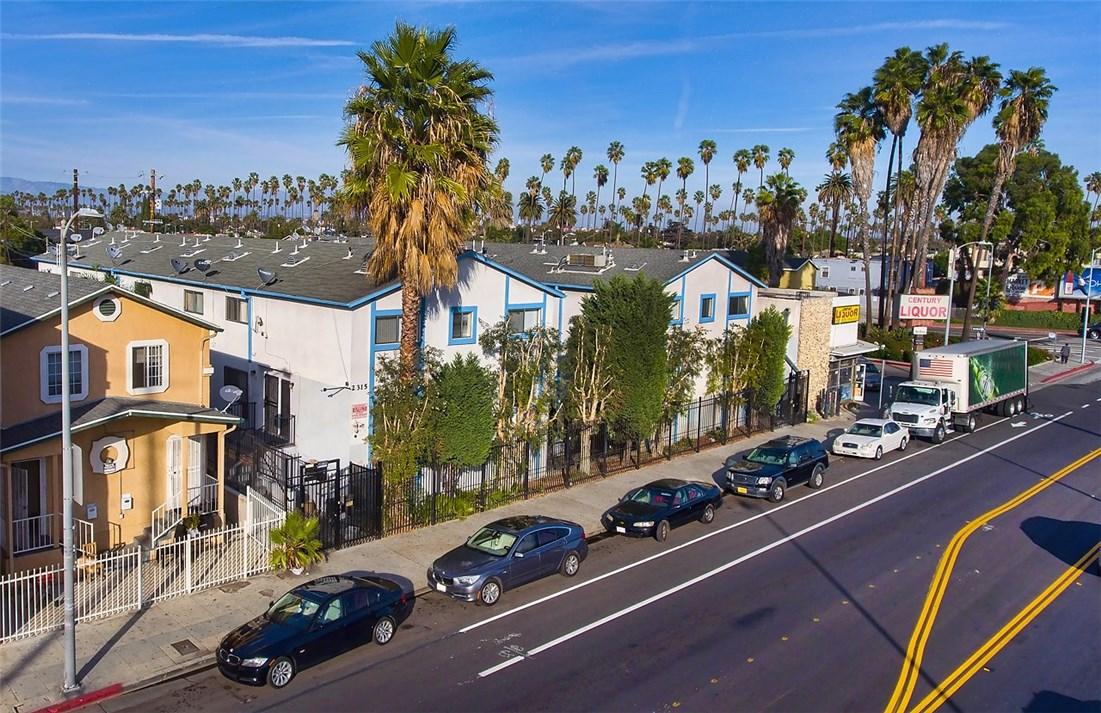 2315 W 54th St, Los Angeles, CA 90043 Photo 3