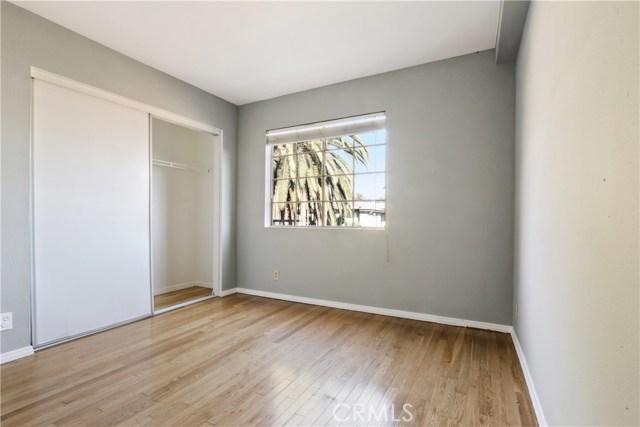 736 N Garfield Avenue, Pasadena CA: http://media.crmls.org/mediascn/9a16a292-a413-4bf1-ad04-ec3940c2a853.jpg