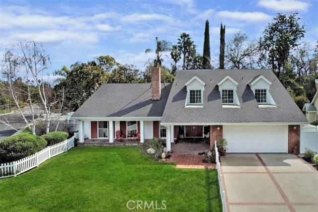 4838 Quedo Place, Woodland Hills CA: http://media.crmls.org/mediascn/9a1df0ce-3e2a-477e-b8d6-a35a99a49452.jpg