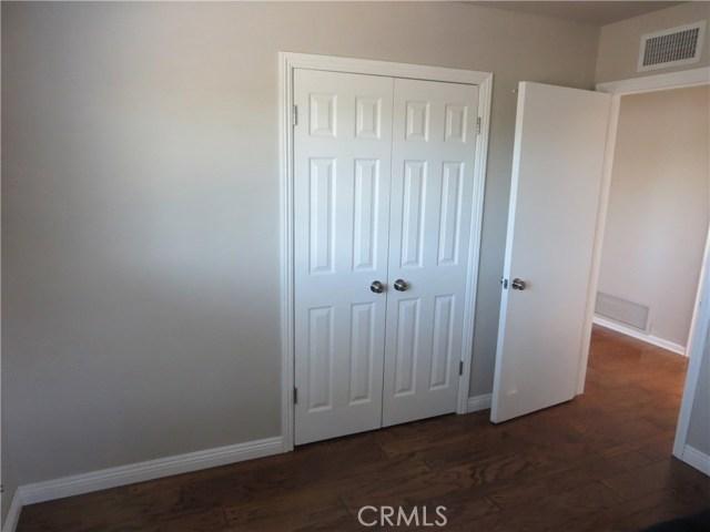 10836 Chimineas Avenue, Porter Ranch CA: http://media.crmls.org/mediascn/9a51d1d7-8d11-4ff2-834c-8defcc00091a.jpg