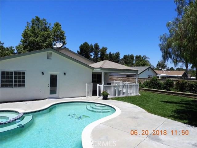 22906 Sycamore Creek Drive, Valencia CA: http://media.crmls.org/mediascn/9a54cefd-25bf-4d6e-96f6-f40deb81447c.jpg