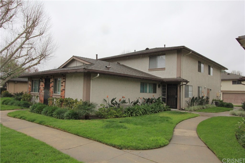 2013 Avenida Refugio #3, Simi Valley, CA 93063