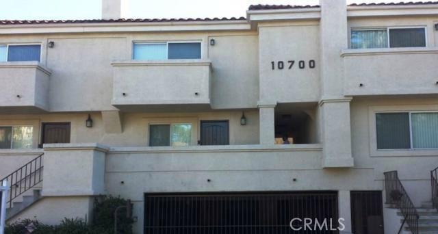 10700 Bloomfield Street Unit 5 10700  Bloomfield Street Toluca Lake, California 91602 United States