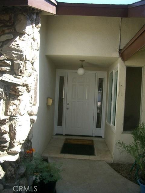 18915 Cantara Street, Reseda CA: http://media.crmls.org/mediascn/9a94cc1a-8829-4f36-871c-1b5b9ec096e5.jpg