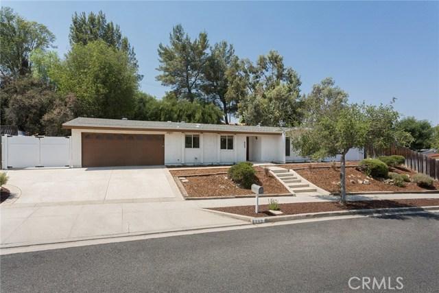 869 Yorkshire Avenue, Thousand Oaks CA: http://media.crmls.org/mediascn/9a98a21b-d57a-42ae-8da0-79c33bfd7ab1.jpg
