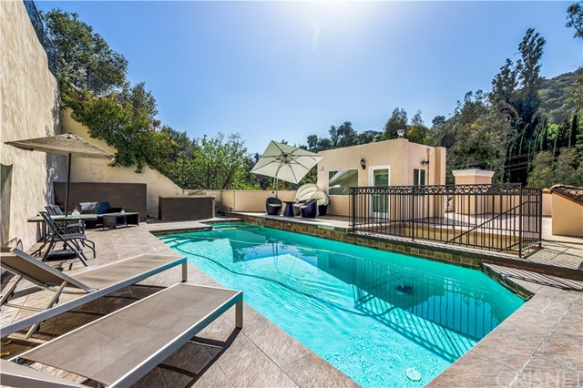 2328 Benedict Canyon Drive  Beverly Hills CA 90210