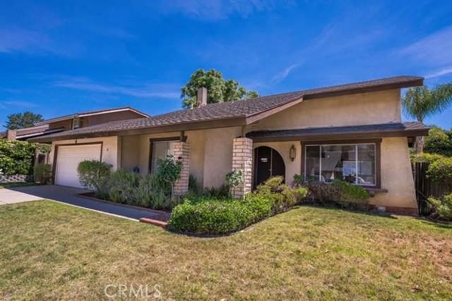 Single Family Home for Sale at 46 Locust Avenue Oak Park, California 91377 United States