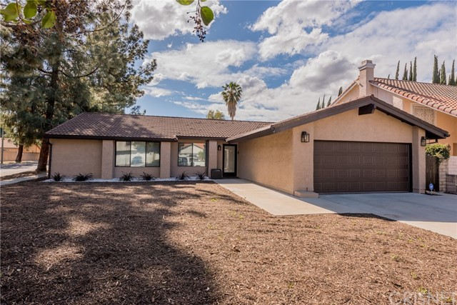 Single Family Home for Sale at 22924 Styles Street 22924 Styles Street Woodland Hills, California 91367 United States