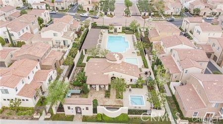 11514 Cararra Lane, Porter Ranch CA: http://media.crmls.org/mediascn/9ad12d9b-b79b-40ee-b3ae-c2d1bf2e06fc.jpg