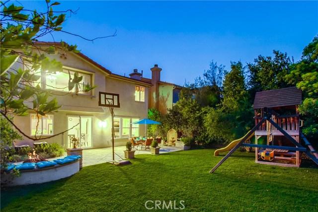 20755 Bergamo Way, Porter Ranch CA: http://media.crmls.org/mediascn/9ae25eed-1f87-480c-8f0f-1802fbd57e02.jpg