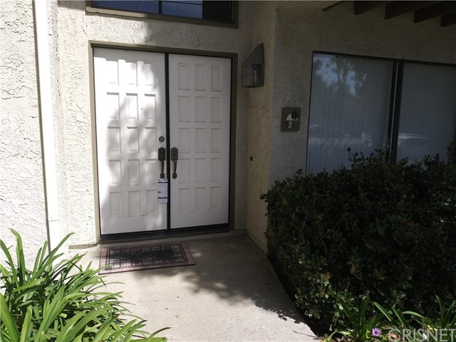 Detail Gallery Image 1 of 1 For 16255 W Devonshire St #2,  Granada Hills,  CA 91344 - 3 Beds | 1/1 Baths
