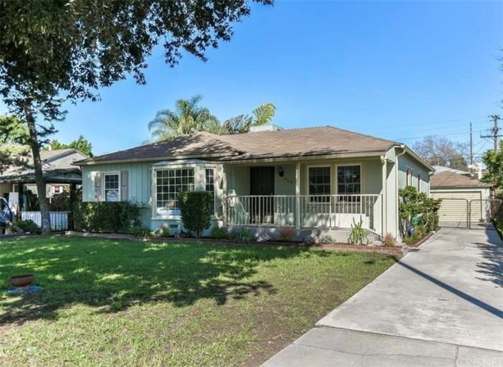 Photo of 363 WEST SPAZIER AVENUE, Burbank, CA 91506