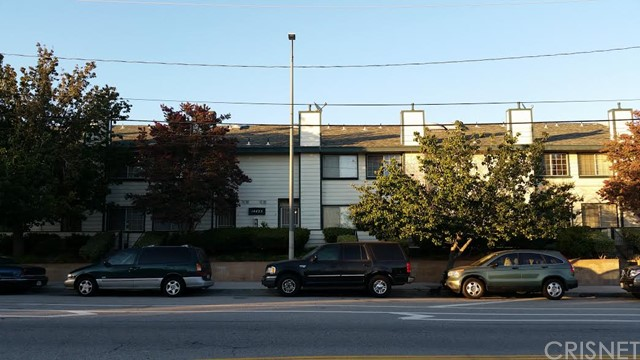Property for sale at 14425 Foothill Boulevard #14, Sylmar,  CA 91342