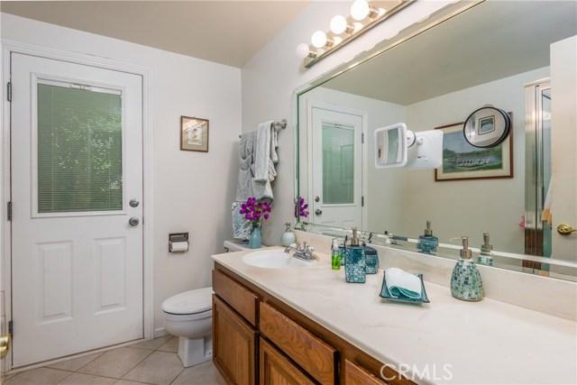13225 Whistler Avenue, Granada Hills CA: http://media.crmls.org/mediascn/9b0babf3-5d75-4c58-bf43-7c84cf3af5dd.jpg