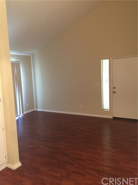 27979 Sarabande Lane # 250 Canyon Country, CA 91387 - MLS #: SR17172579