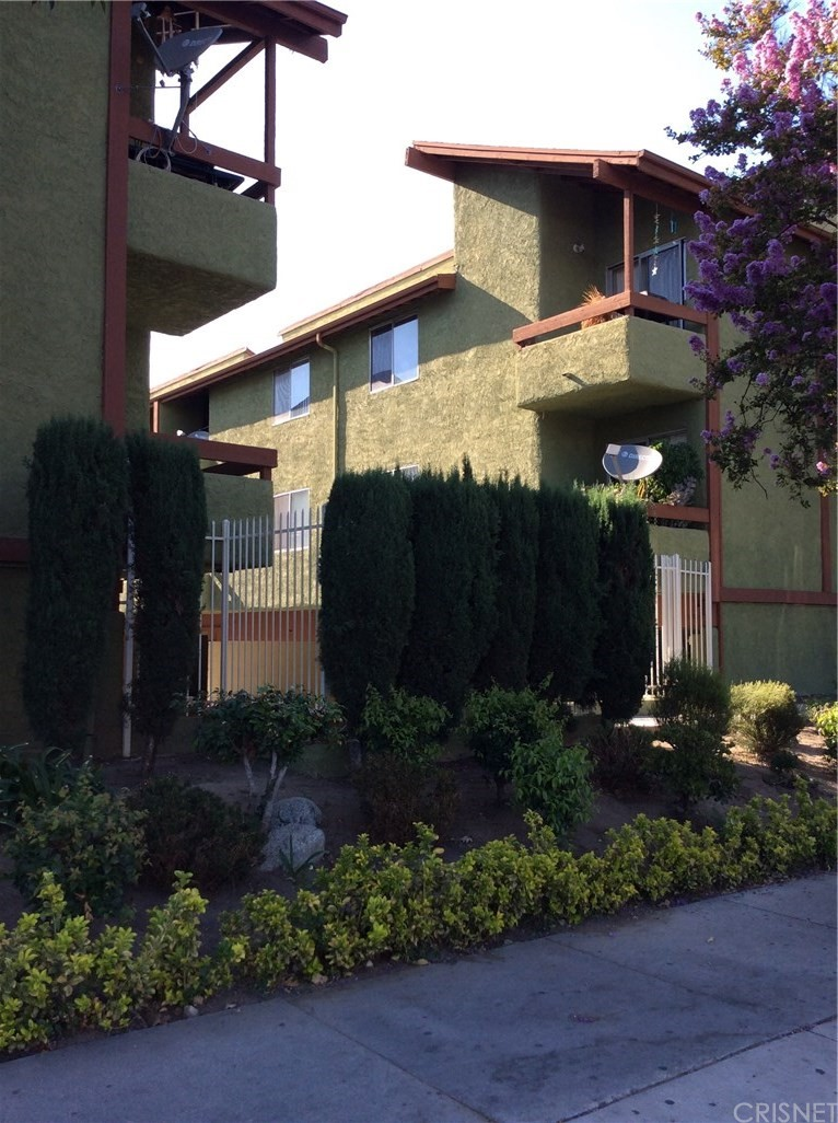 Photo of 6151 RESEDA BOULEVARD #13, Tarzana, CA 91335