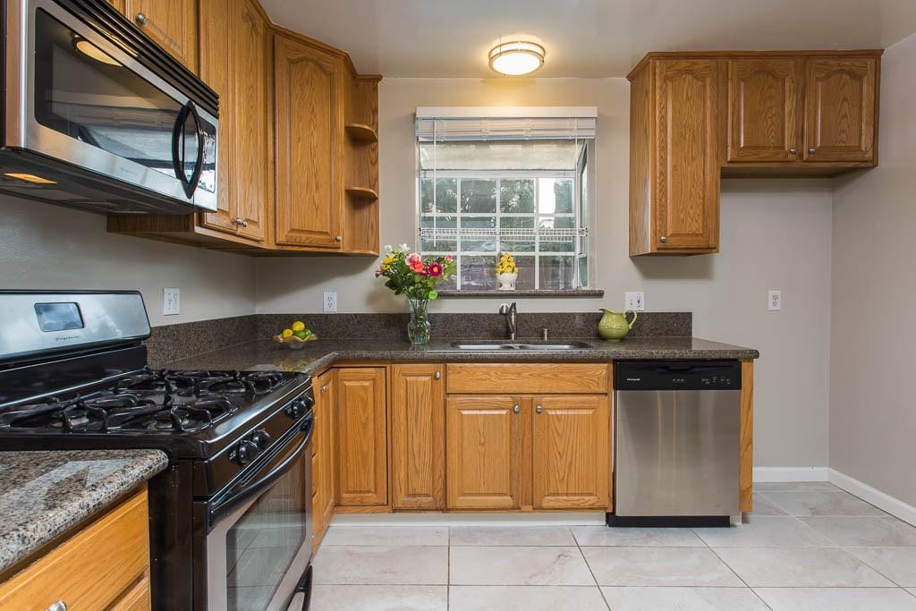 20401 Baltar Street Winnetka, CA 91306 - MLS #: SR18162148