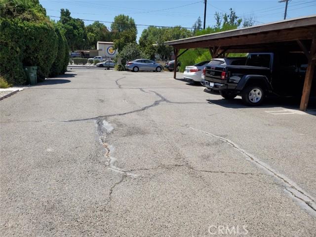 21041 Hart Street, Canoga Park CA: http://media.crmls.org/mediascn/9ba6dbac-534c-4381-bce0-549f4f514d9c.jpg