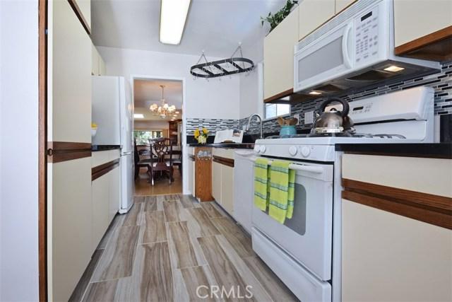 5825 Lemona Avenue, Sherman Oaks CA: http://media.crmls.org/mediascn/9bbb5377-009c-40ed-883b-61583cff3f0e.jpg