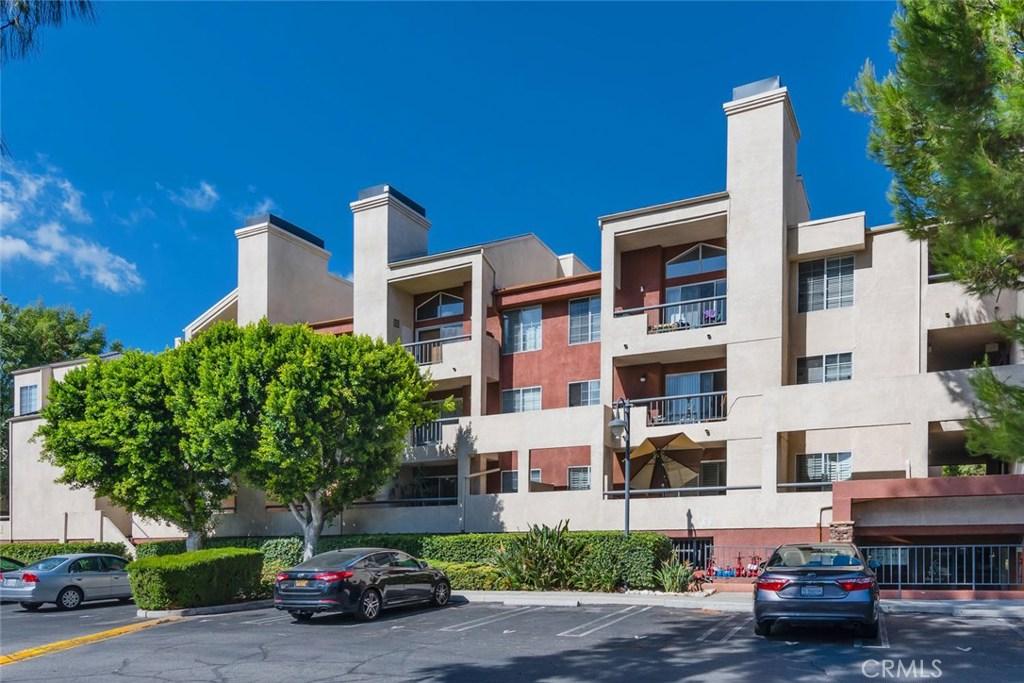 Photo of 5530 OWENSMOUTH AVENUE #321, Woodland Hills, CA 91367