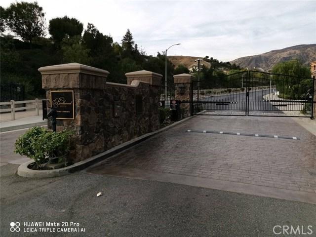 18041 Mayerling Street, Granada Hills CA: http://media.crmls.org/mediascn/9bf6b23a-1318-4224-ae27-b535721429bf.jpg