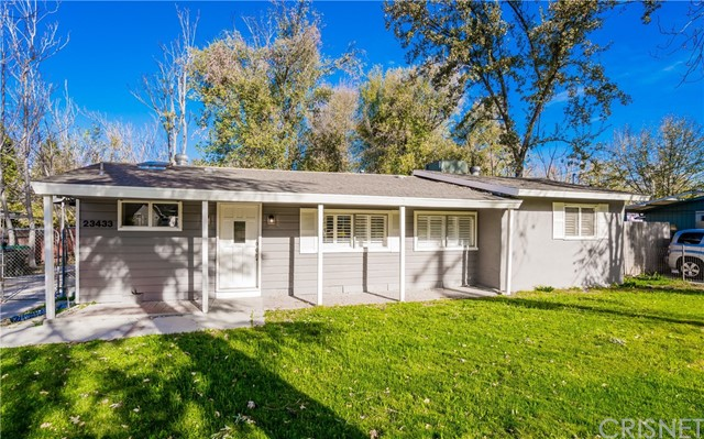 23433 8th Street, Newhall CA 91321