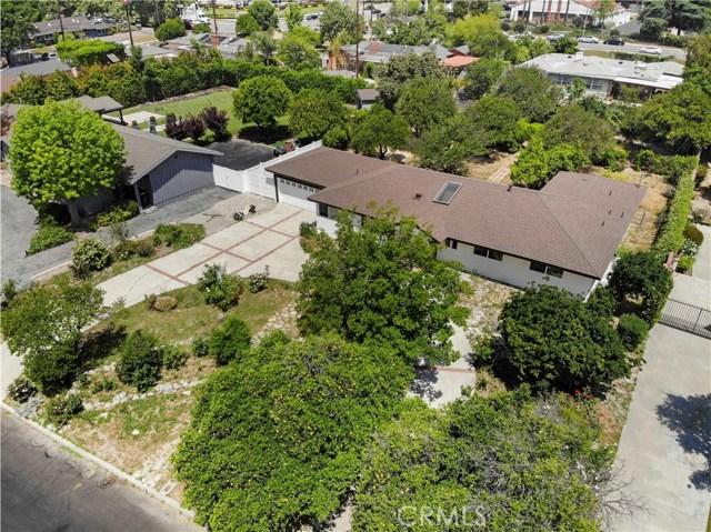 17825 Sunburst Street, Sherwood Forest CA: http://media.crmls.org/mediascn/9c6fa8e2-5a20-4940-8989-839e37f08efc.jpg