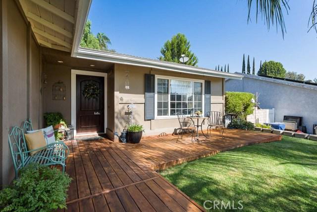 22989 Mulberry Glen Drive, Valencia CA: http://media.crmls.org/mediascn/9c91c8c5-5b97-413b-bae2-77ed1fbe91bb.jpg
