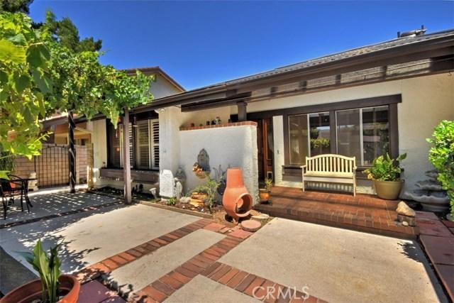 25670 Yucca Valley Road, Valencia CA: http://media.crmls.org/mediascn/9cbe9b97-407f-49ef-83aa-df5673deb8ca.jpg