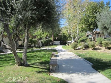 10044 Larwin Avenue 4, Chatsworth, CA 91311