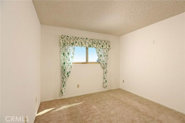 18814 Clearbrook Street, Porter Ranch CA: http://media.crmls.org/mediascn/9d2377b8-82e4-421a-8967-e3f97c7823c7.jpg