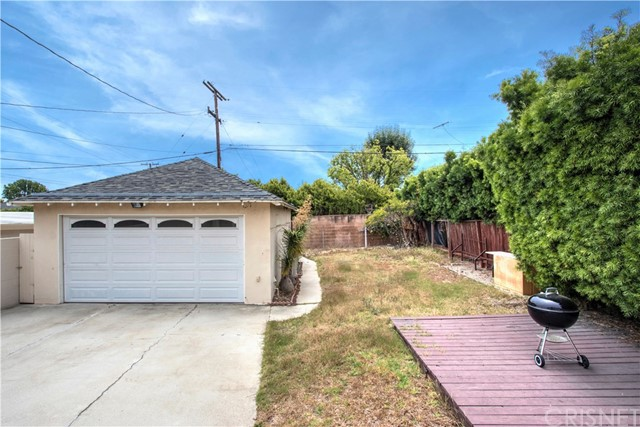 1044 Chelsea Ave, Santa Monica, CA 90403 photo 11
