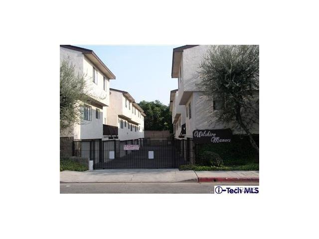 Condominium for Sale at 818 Acacia Avenue E Glendale, California 91205 United States