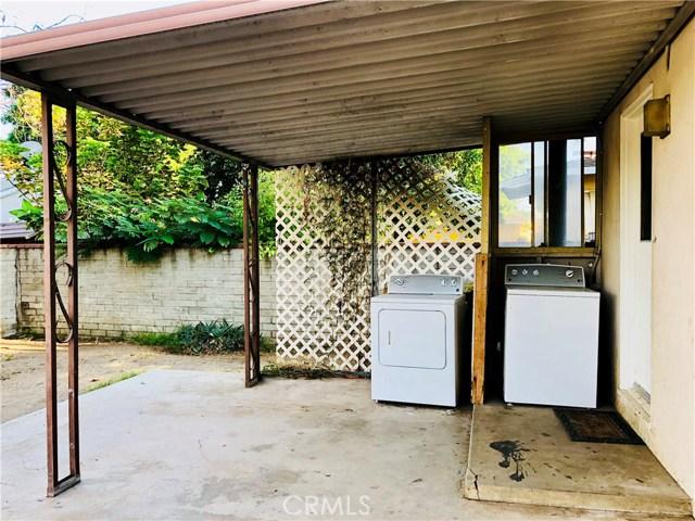 8528 Tilden Avenue, Panorama City CA: http://media.crmls.org/mediascn/9ddbf0d1-123b-4bcd-862f-cd4bc795cdbc.jpg